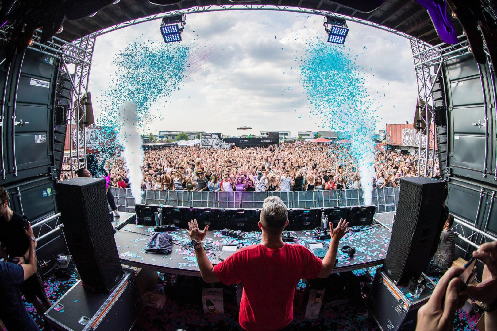 Plastik Funk in den DJ Mag TOP 100!